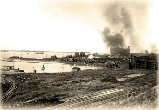 Erie's Waterfront circa 1800s. (Courtesy of History and Memorabilia, Erie, PA.)